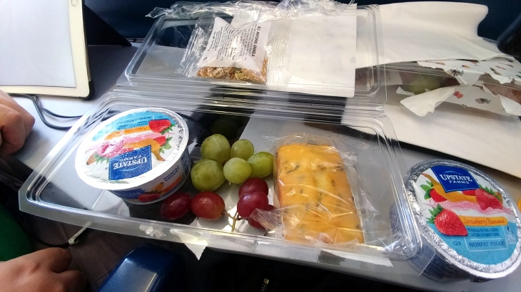 Hawaiian Airlines breakfast box